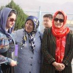 Farkhunda Zahra Naderi receive peace award (2)