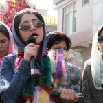 Farkhunda Zahra Naderi receive peace award (3)